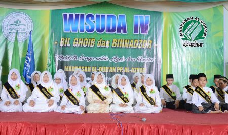 Madrasah Al Quran PP. Al Azhar mewisuda 50 santri (bil ghaib – binnadzar)